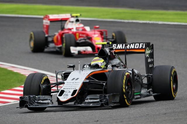 Pérez, à frente de  Kimi Raikkonen (Ferrari): seis pontos deixam mexicano na cola de Valtteri Bottas no Mundial