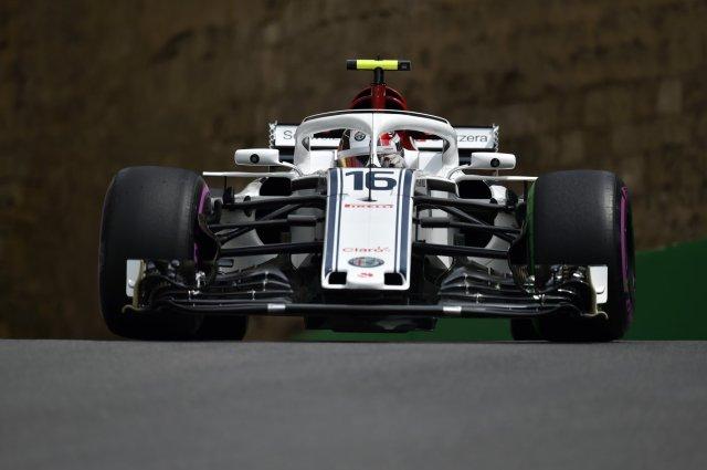 Charles Leclerc conquistou seus primeiros pontos na F1 ao terminar em sexto em Baku